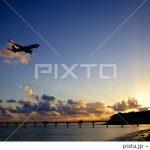 夕日+飛行機の画像が売れました
