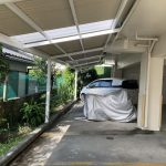 大家さんのご厚意で駐車場に屋根が付いた